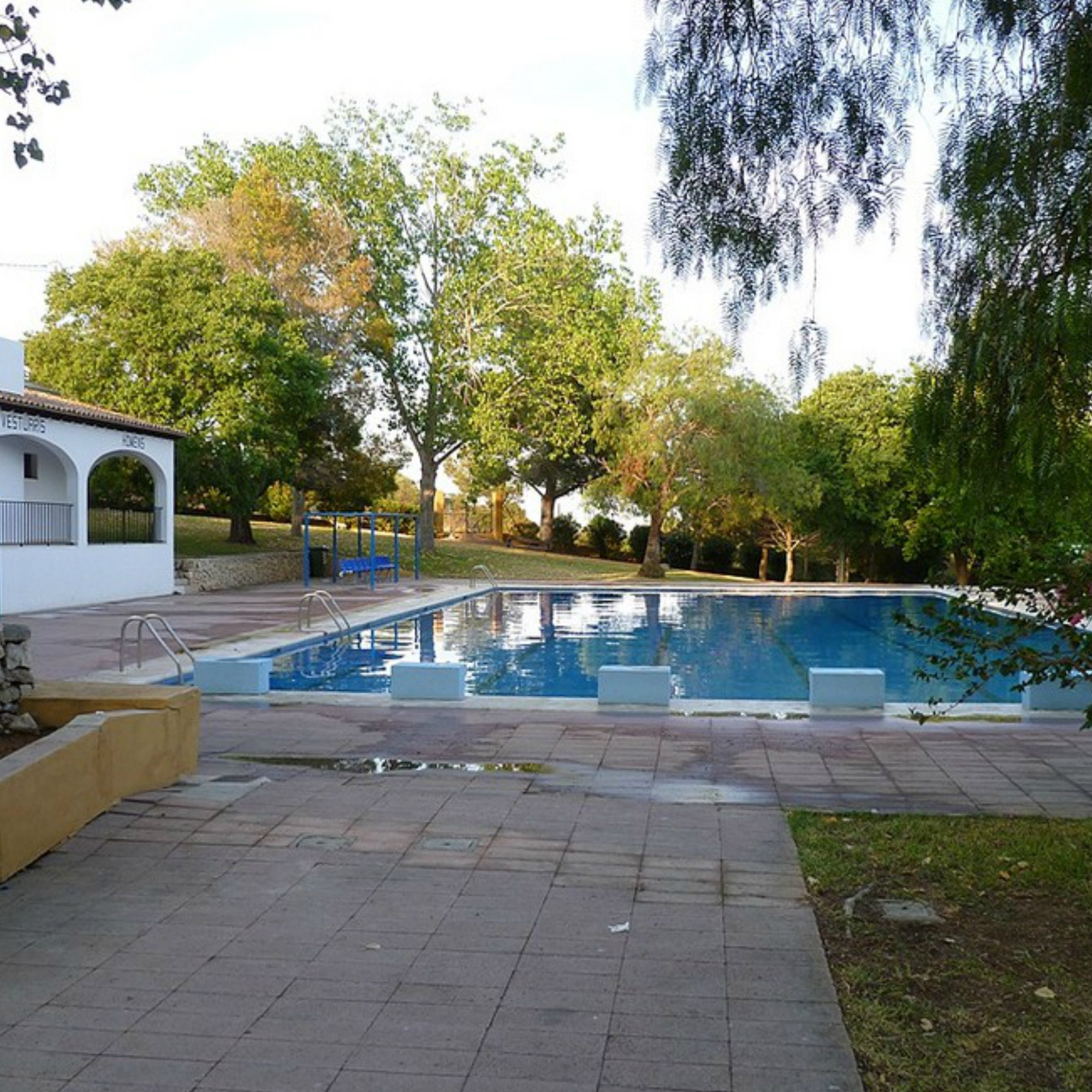 "Public Swimming-pool ""Collao"" and tenis court"